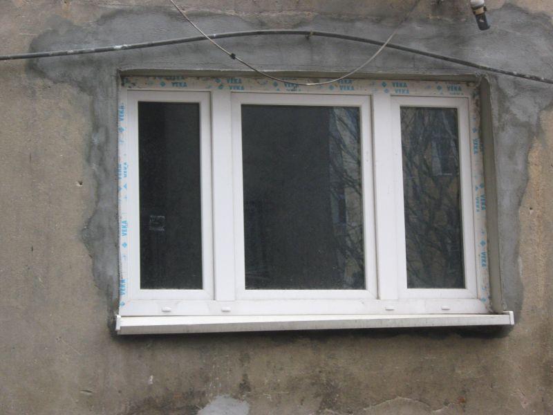 okno_z_folią